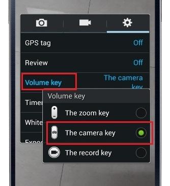 Galaxy-S-4-Camera-Volume-Keys
